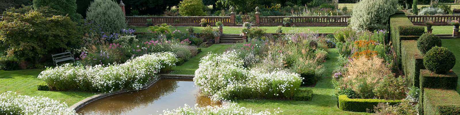 Doddington Place Gardens - The Sunken Garden