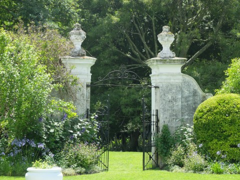 Handsome gate piers at Stellenberg  gardened by Sandy Ovenstone since 1973.