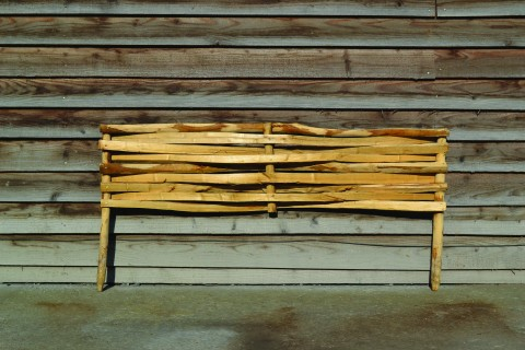 Woven chestnut panels designed for edging borders or constructing raised beds in gardens.  Available in sizes up to 1.7m long.
